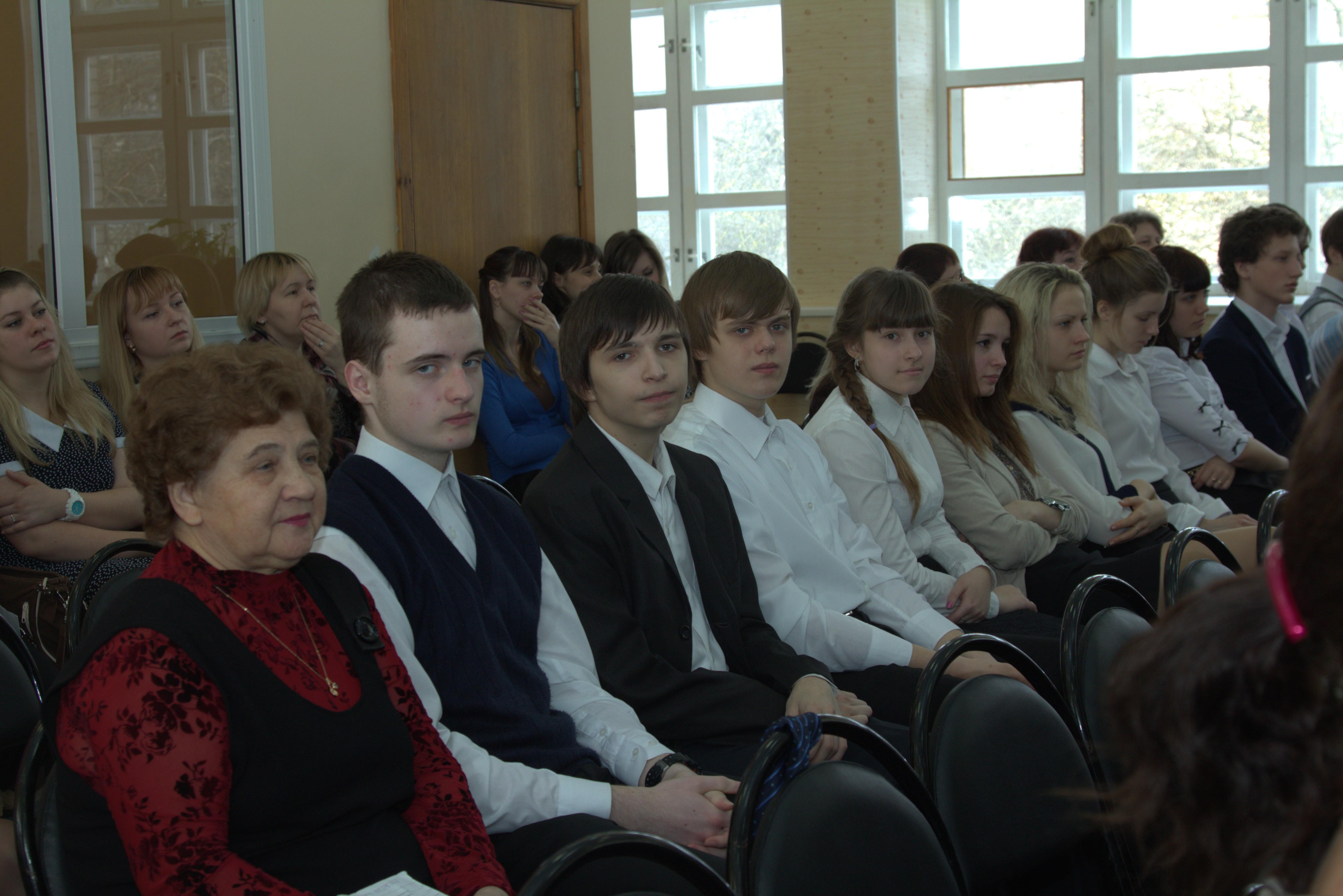 главные участники - ученики школы № 17